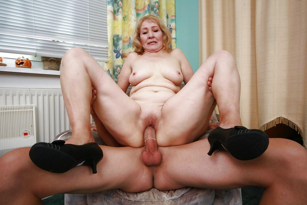 Videos grannies sex — photo 1