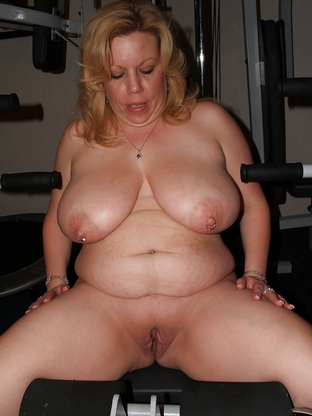 Chubby mature women sex galleries