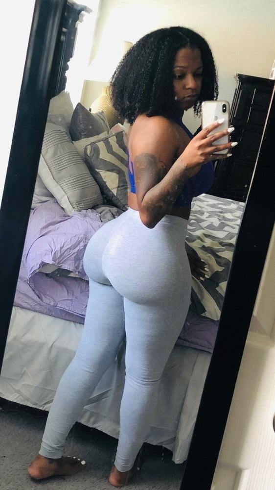 Sexy thick girls pics