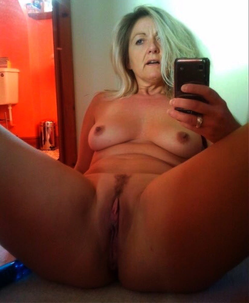 real-amateur-homemade-selfie-nude