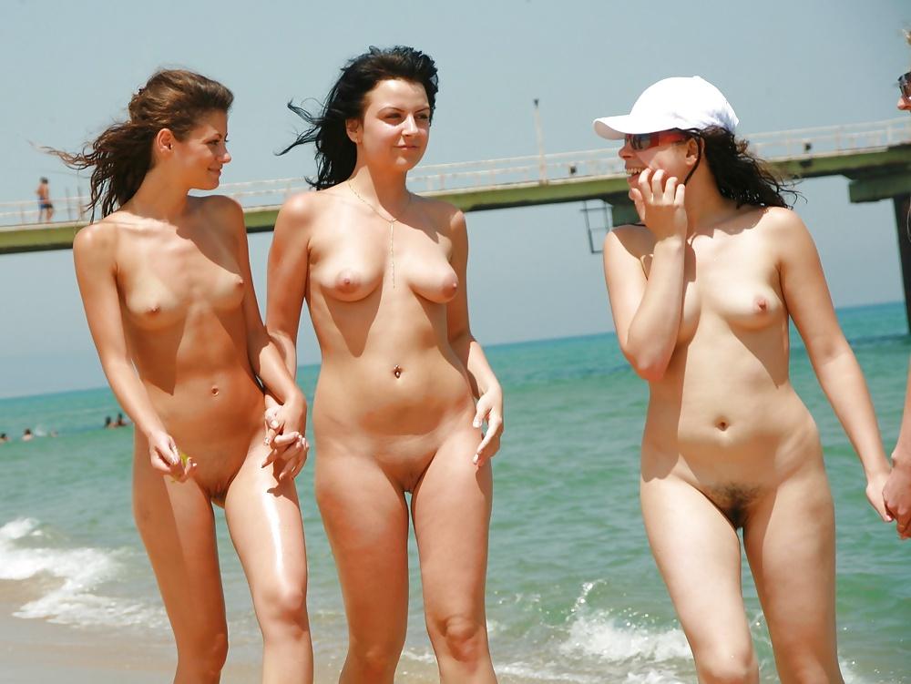 Beautiful nude lesbians