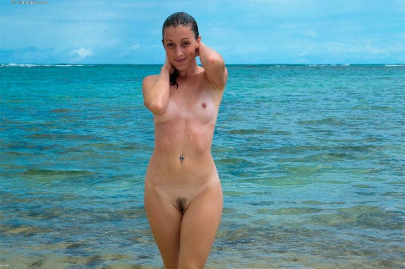 long-island-naked-beach