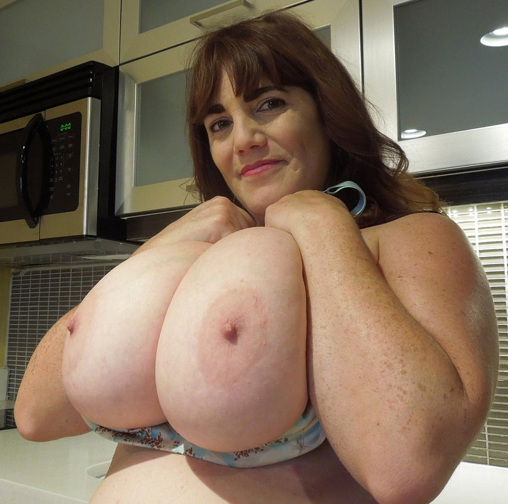 Naked busty mature ladies