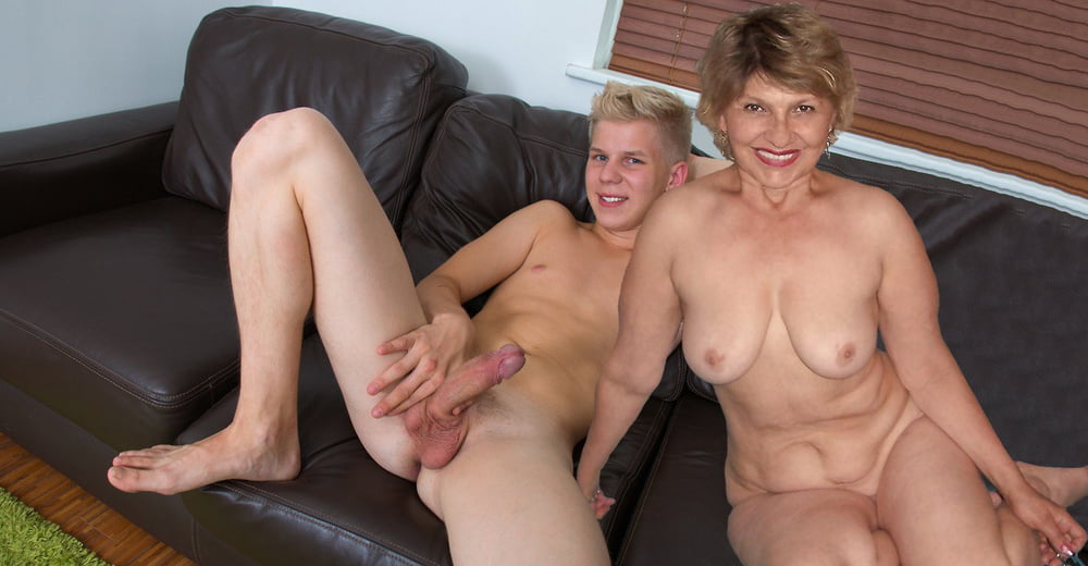 Milf mom boy
