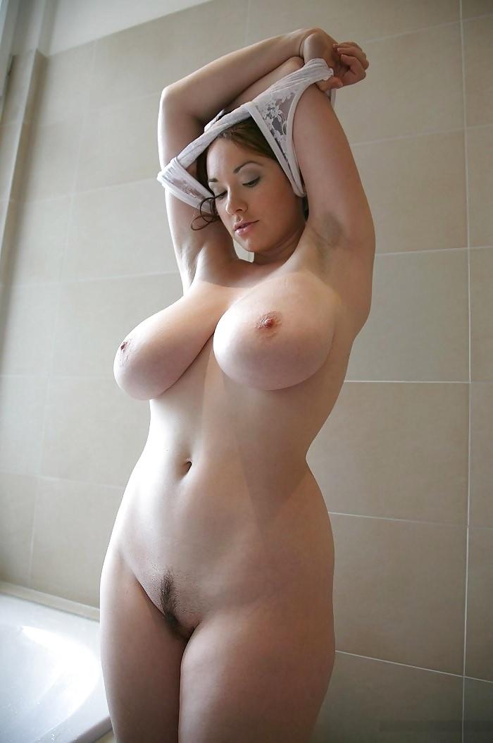 Nude thick chicks — photo 3