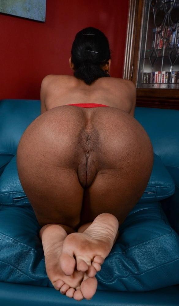 Thick redbone porn pics