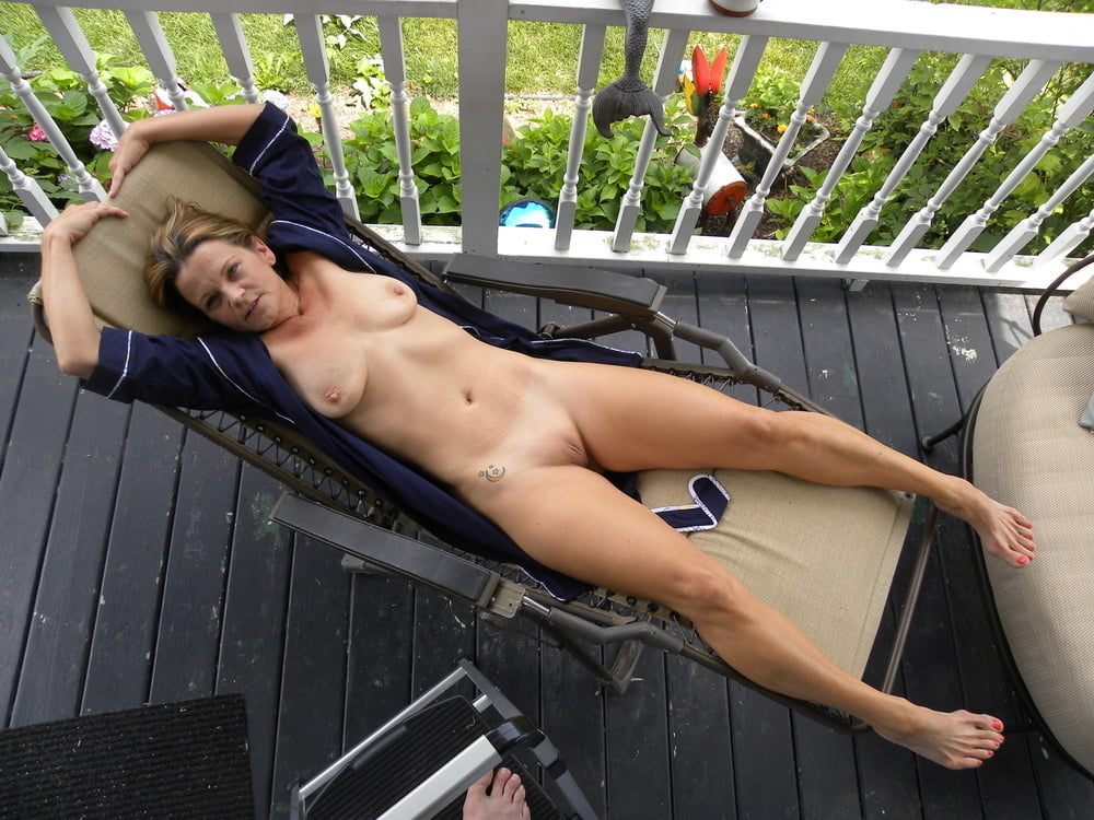 nude-girl-exposed