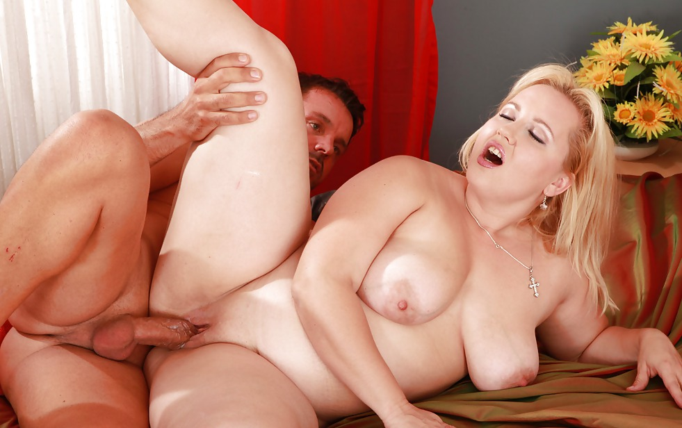 Blonde bbw sex — pic 14