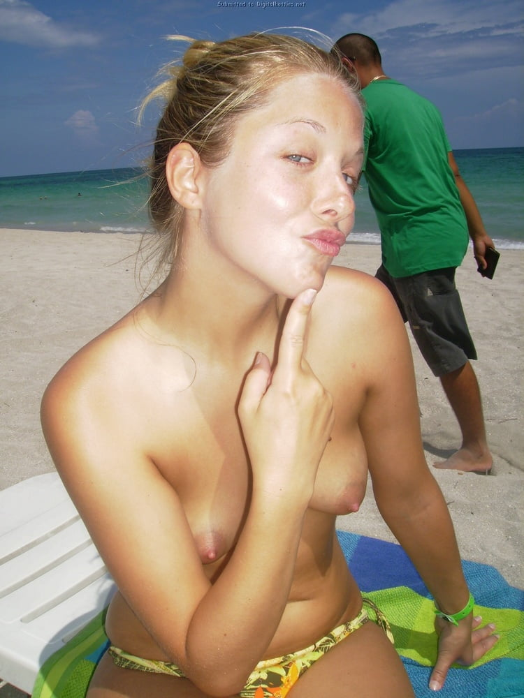 Web Slut Adeline - 42 Pics