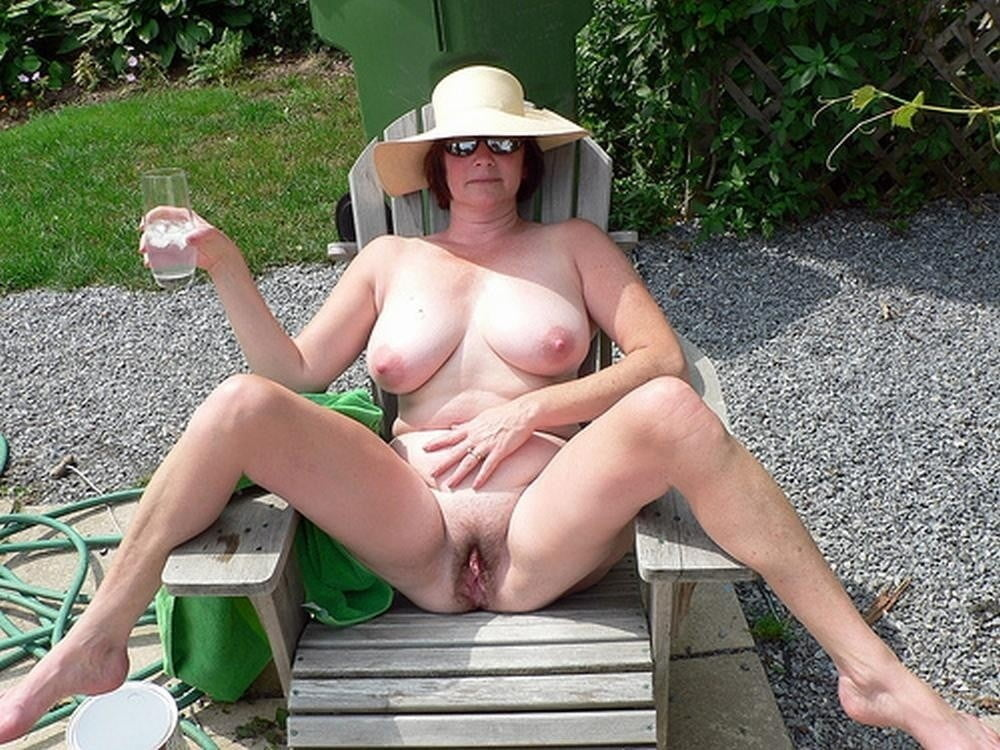 Mature outdoor solo
