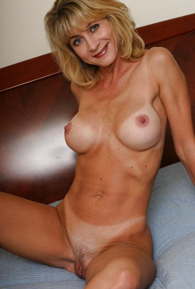 Older naked babes