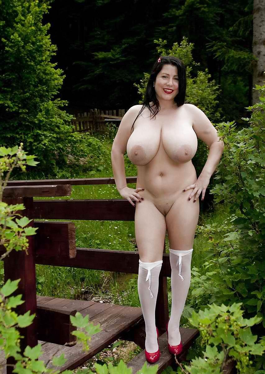 Фото толстые голые итальянки, таксист разводит на секс симпатичную девчонку