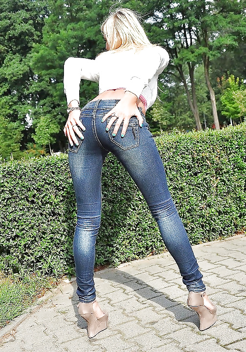Wife rio in jeans movie