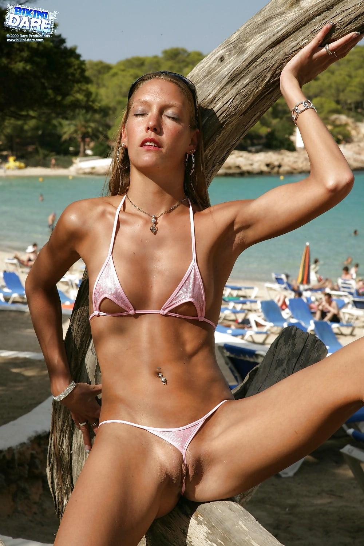 Bikini contest tiniest