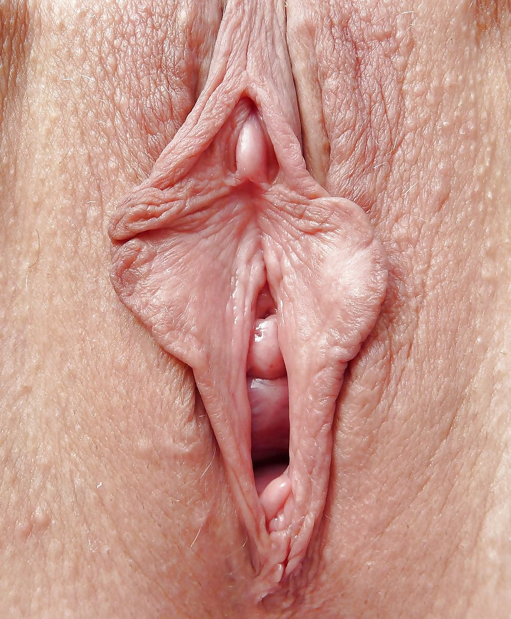 Perfect smooth pussy, no clit, no labia