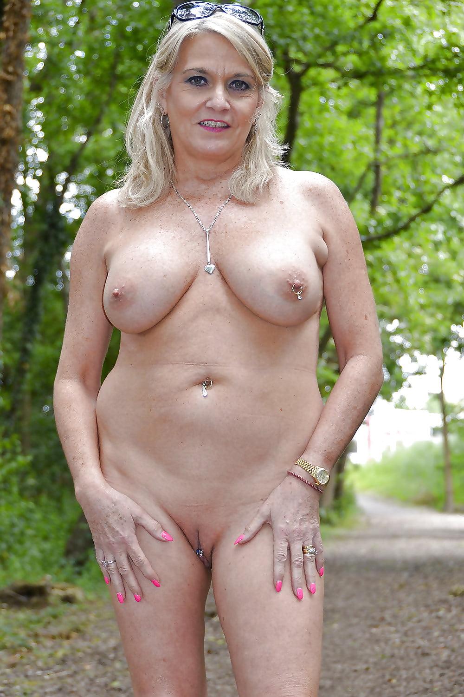 Curvy Mature Nude