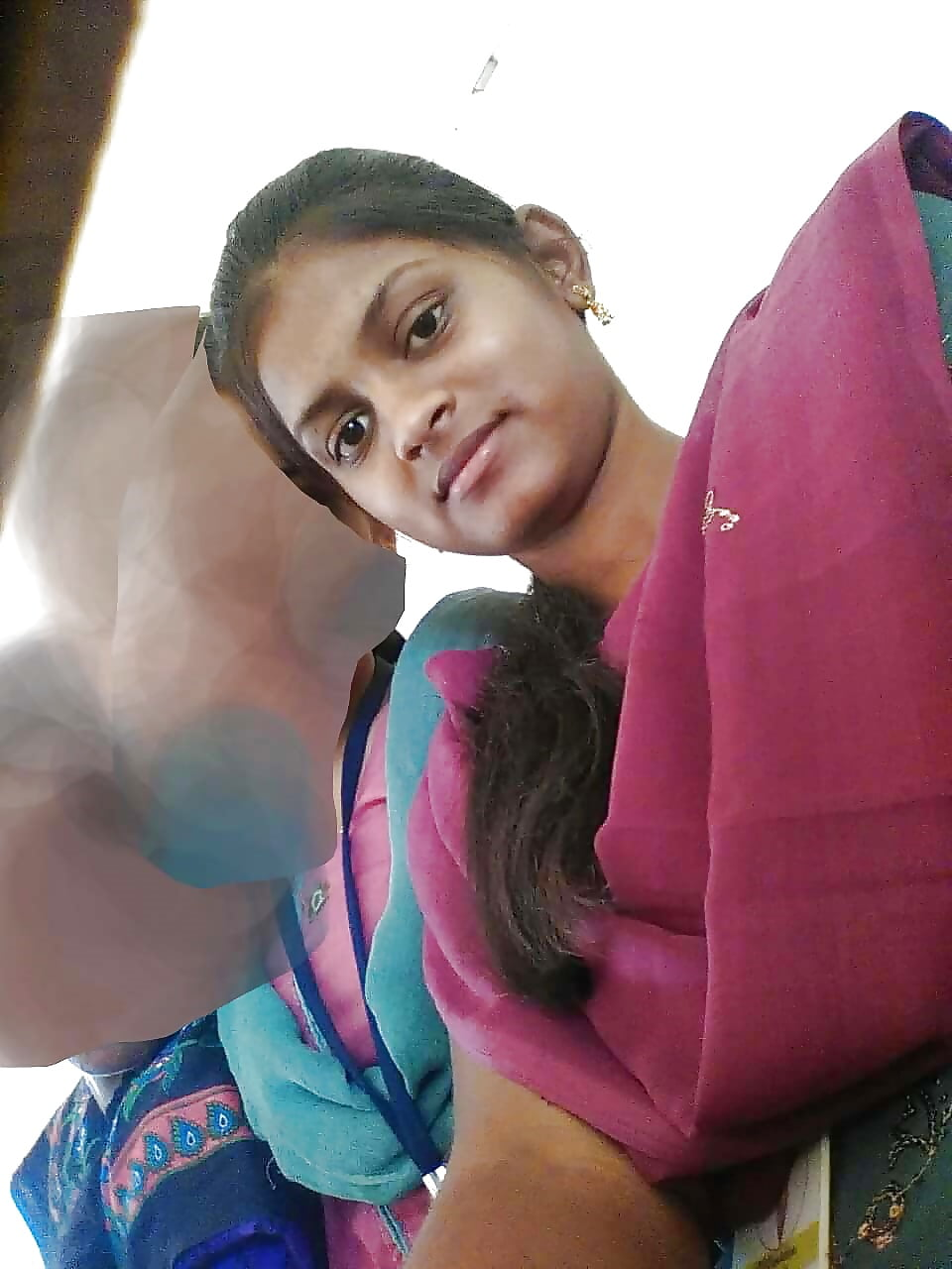 Srilankan Yalini Jaffna Collage Tamil Girl Show - 7 Pics -8359