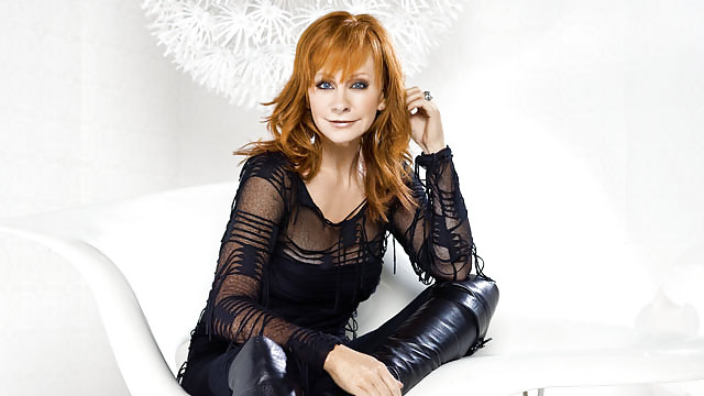 Nude pictures of reba mcentire