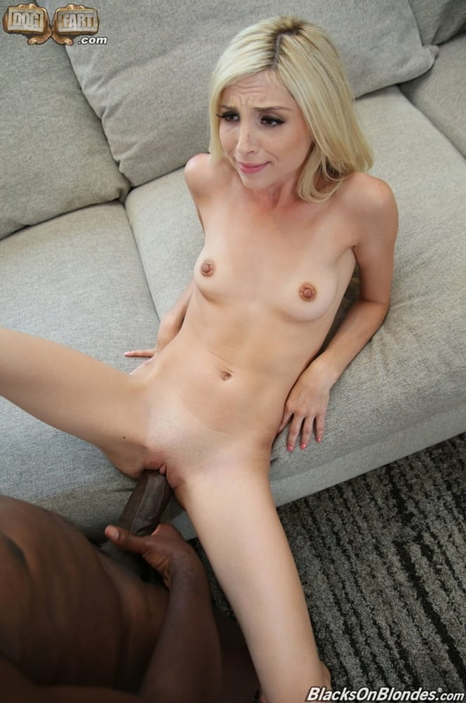 Plumper Foxy Young Lady Piper Perri Nailed By Giant Penis 1