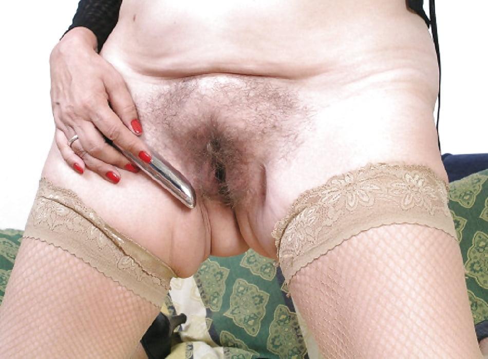 обещал выебать, фото толстая девушка одела трусики в сторонку и показала пизду секс, как лекарство