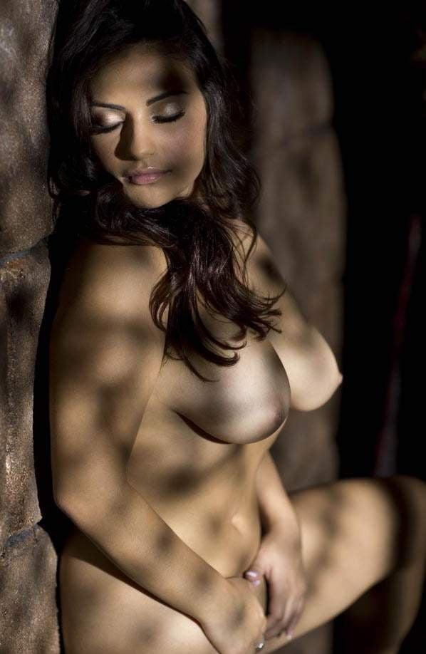 Tempting desi erotica nude