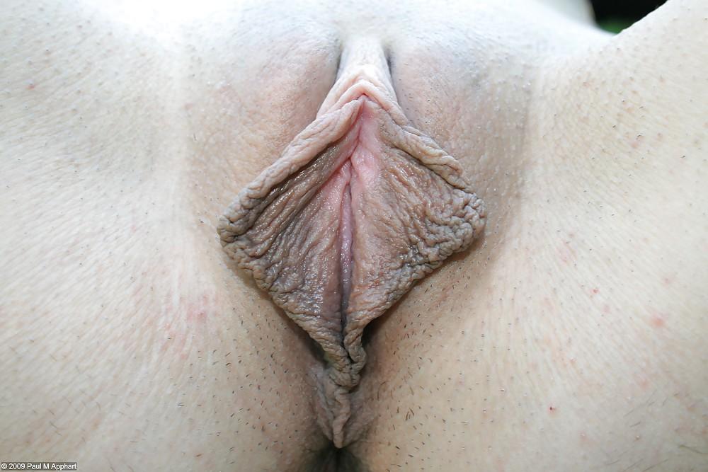 Супер малые половые губы #11