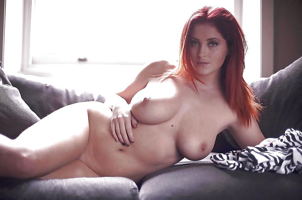 rizhaya-devushka-s-ogromnimi-siskami-porno-igri-zagorelie-blondinki