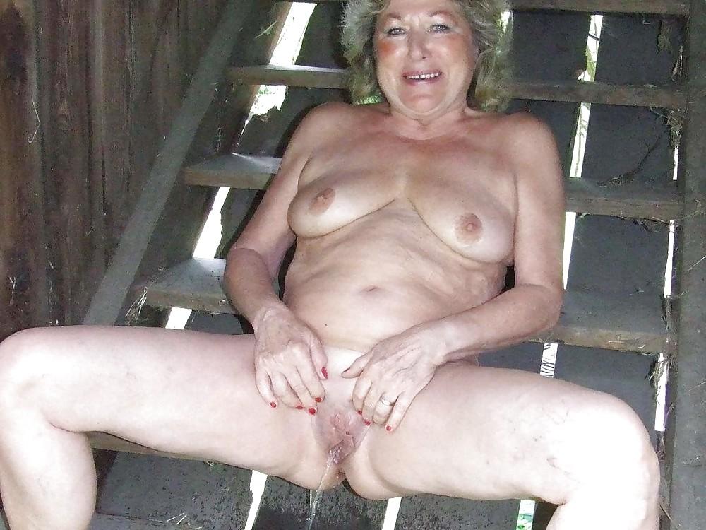 Naked pissing granny