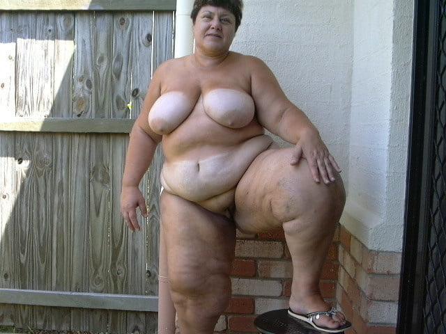 собиралась толстые старые голые женщины фото даже потрудился