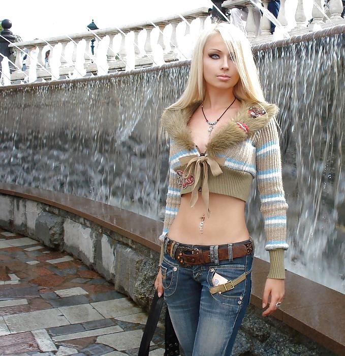 skanky anorexic euro slut pov facialized