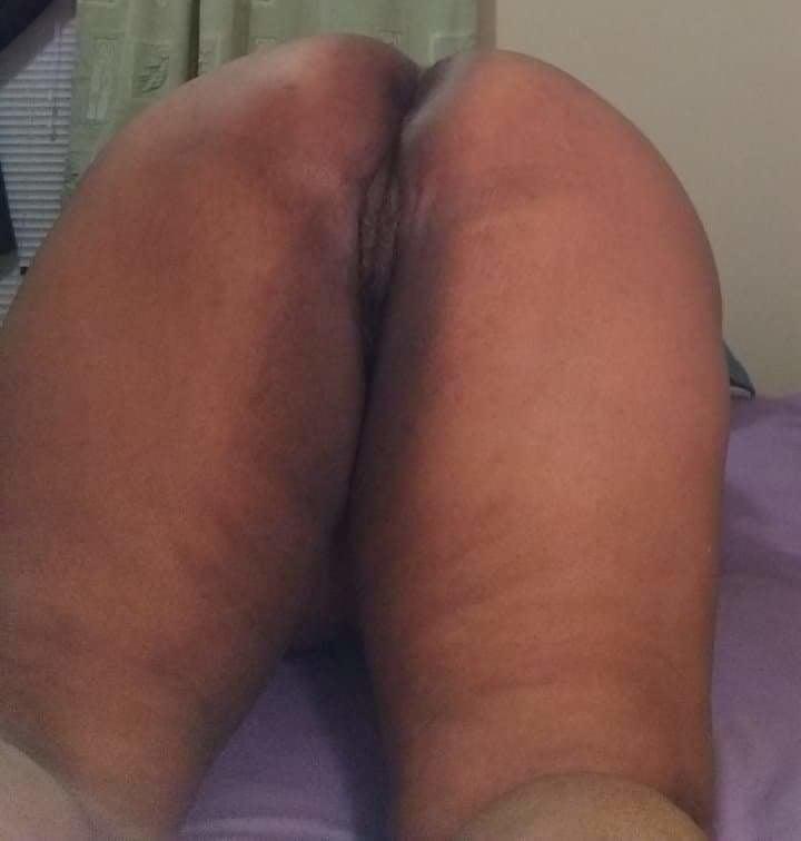 Thick Ass - 5 Pics