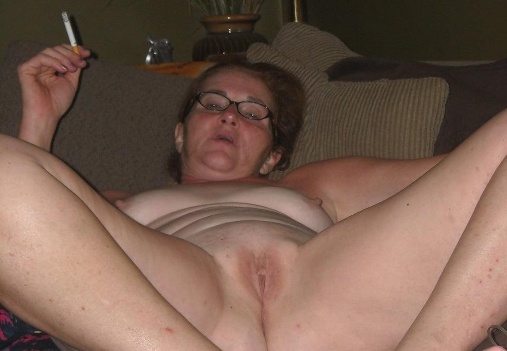 WOW She's Smoking 105 - 50 Pics