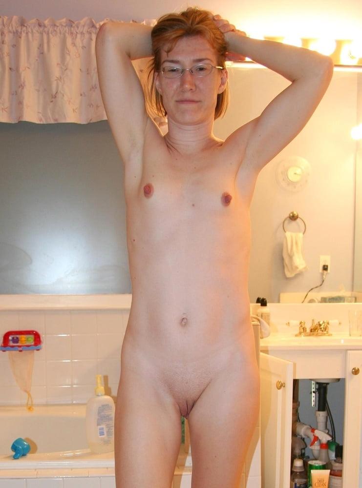 Small Saggy Tits - 25 Pics  Xhamster-2746