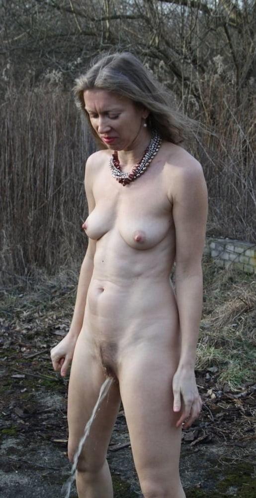 Natural mature women - 46 Pics