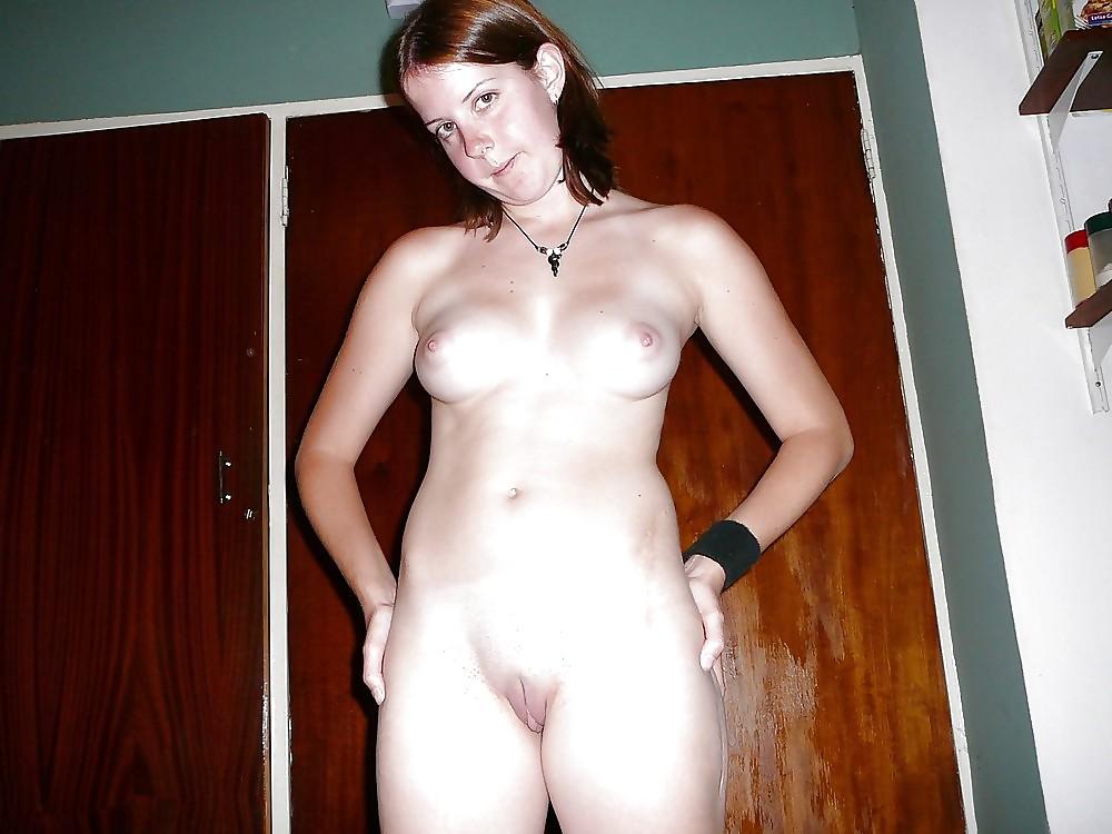 Nude girlfriend full frontal — 15