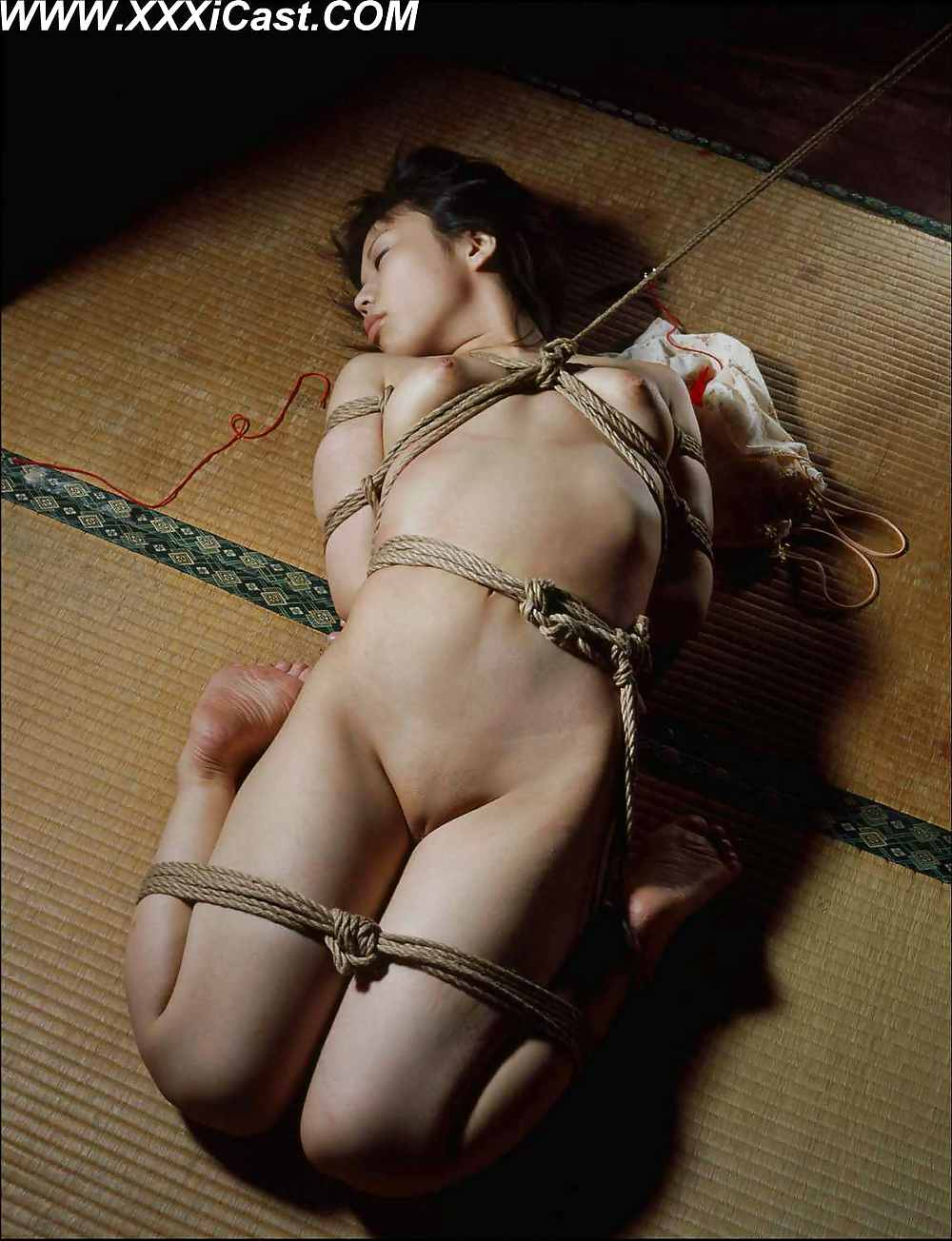 japan-bondage-sexchair-big-butt-anal-video