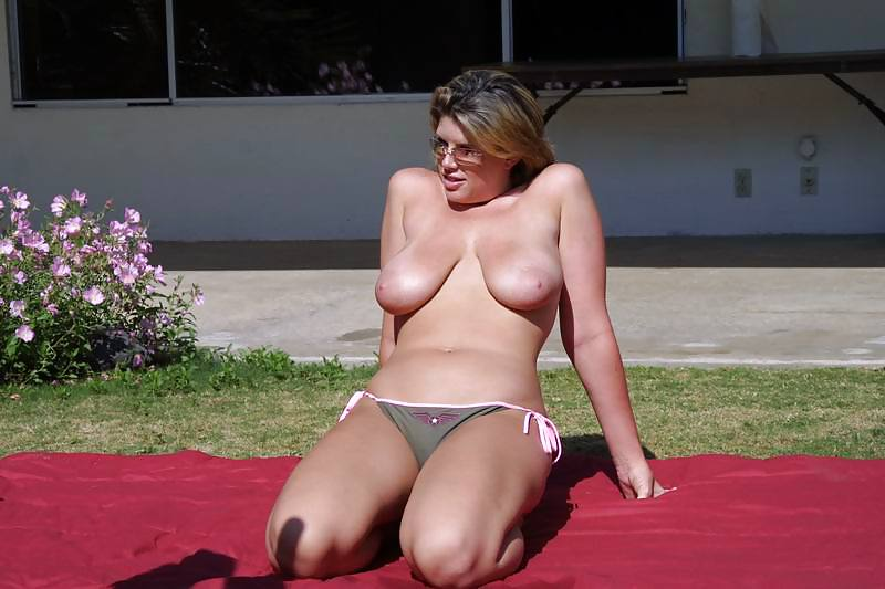 See and save as beachbunnies and mermaids with saggy tits more outdoor lxx porn pict