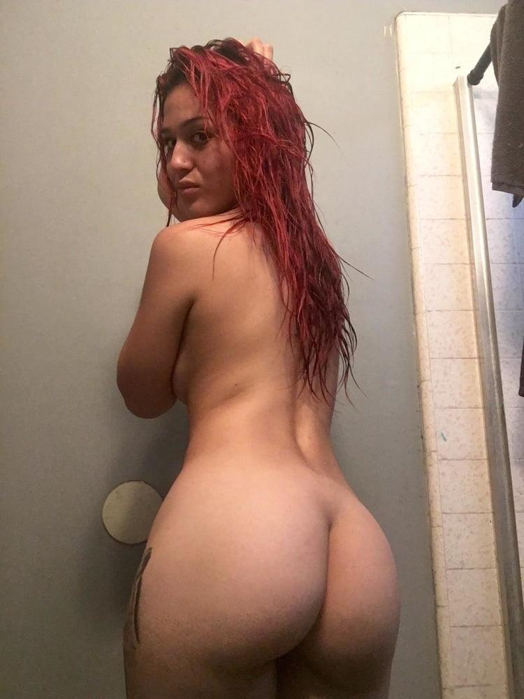 Ebony girls naked in the shower- 39 Pics