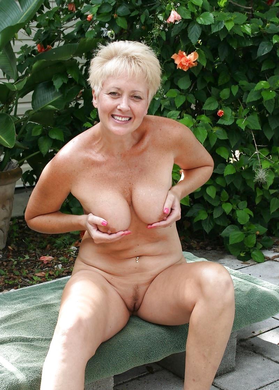 Sexy Naked Mature