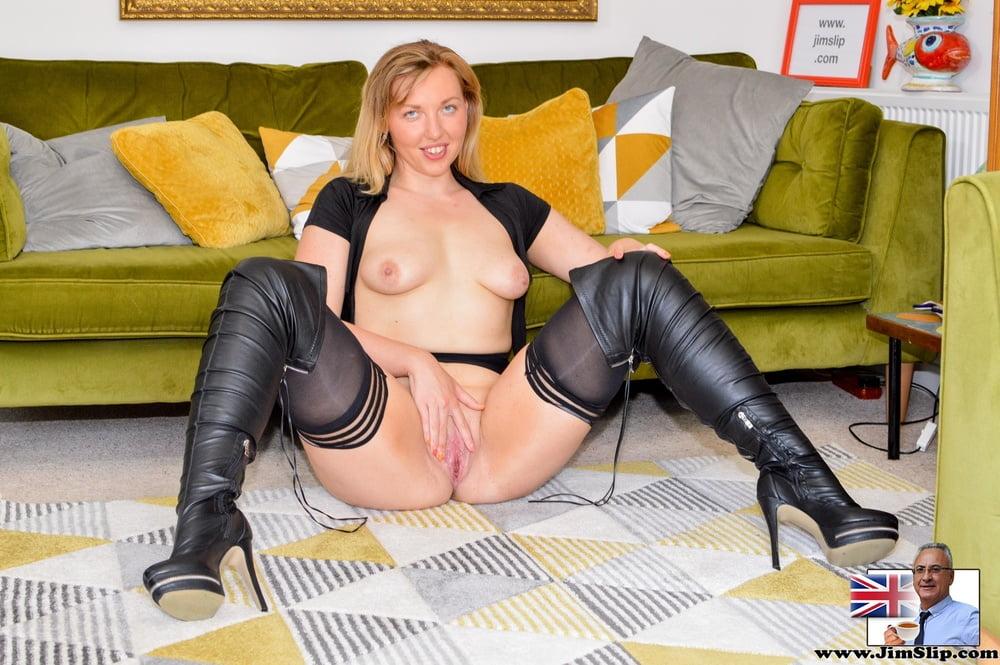 Natalie Nails it! at JimSlip - 17 Pics