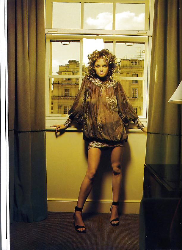 Uk's Goldfrapp Ambivalent About Hip