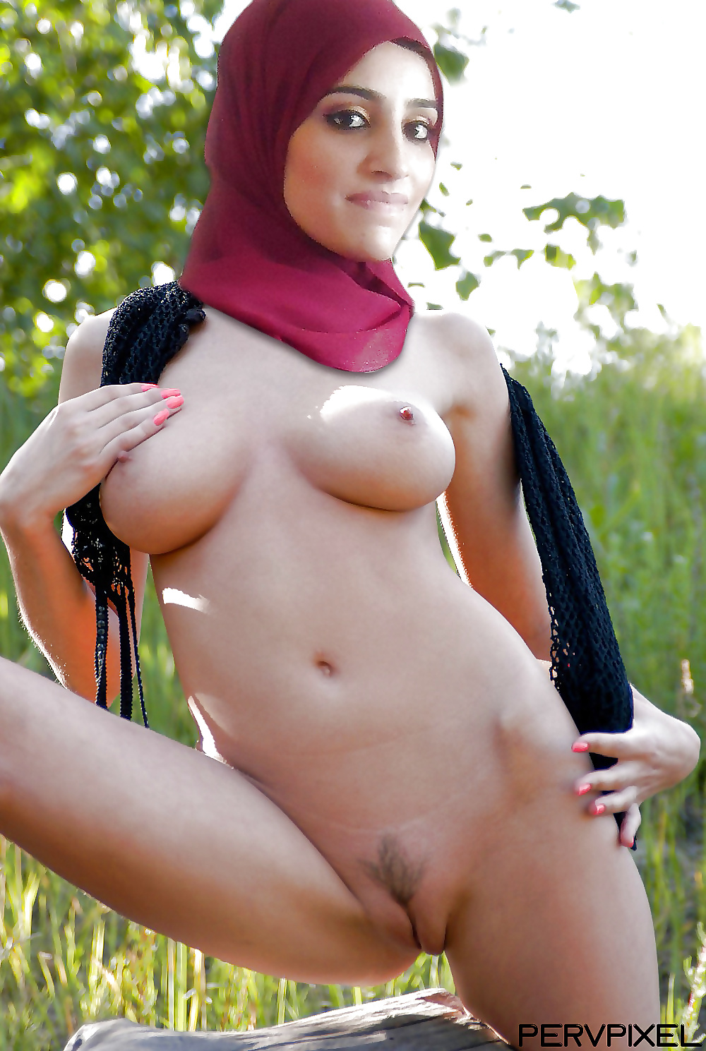 Cute girl naked hijab