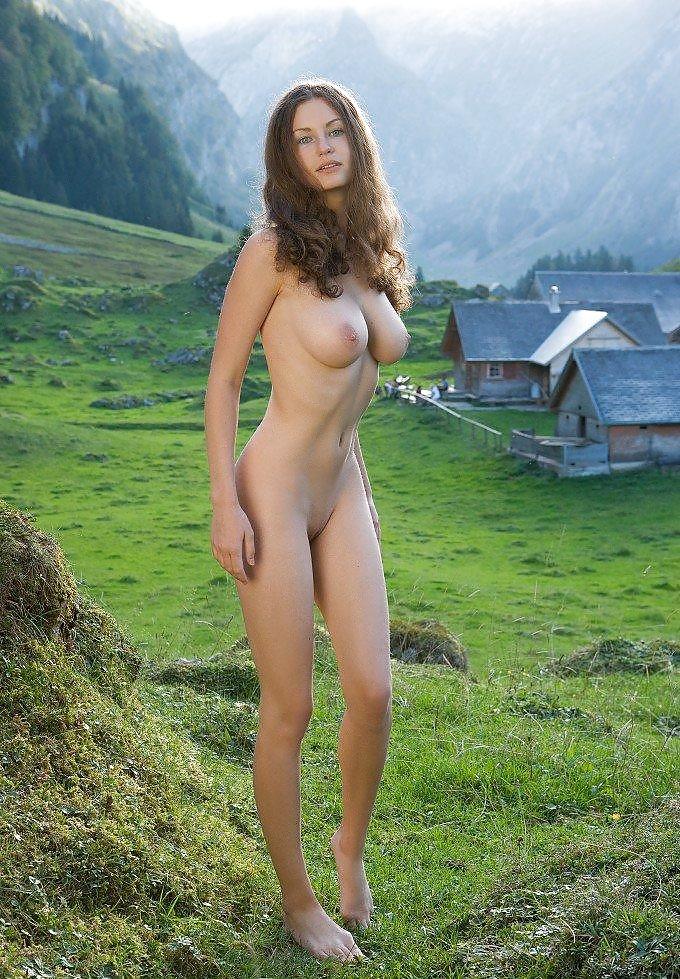 nude beautiful Pics women of