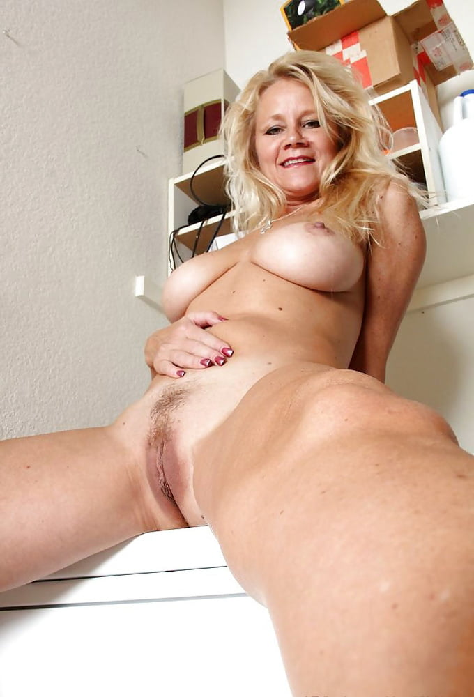 mature-pics-naked-women-over-girls-video