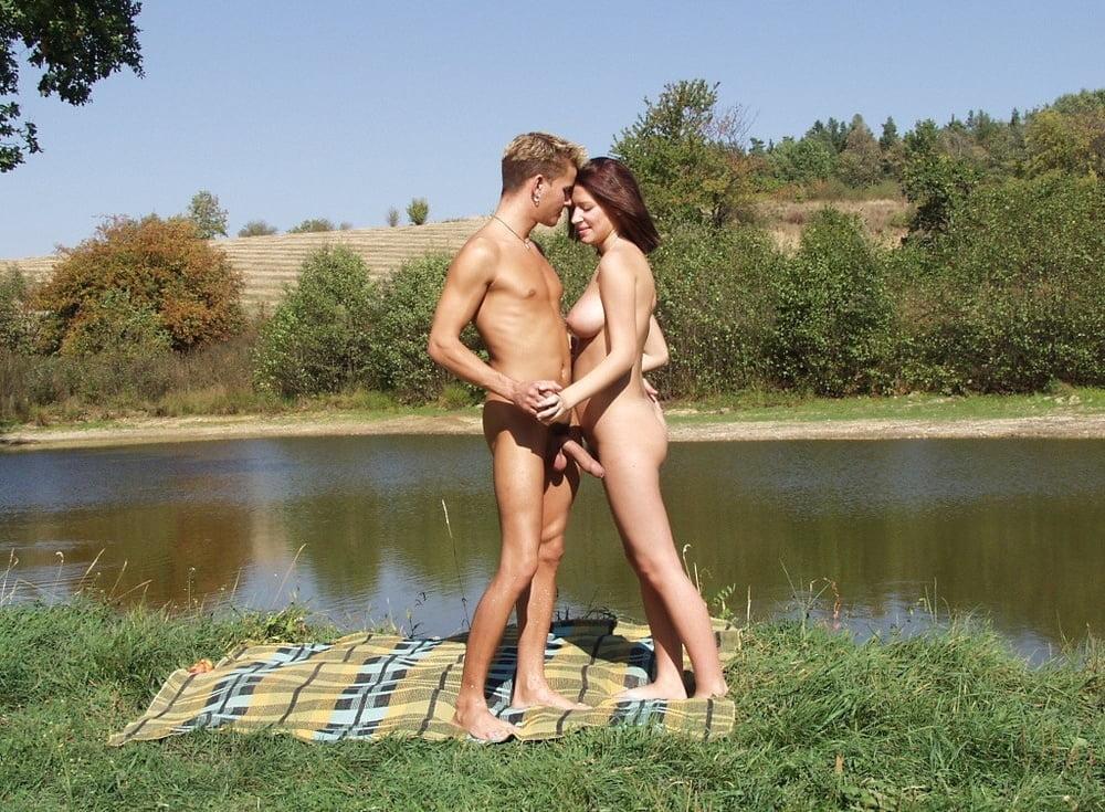 Видеокамера секс у водоема, порно со своим классным руководительницей