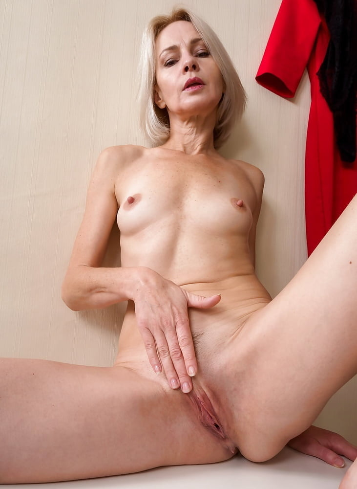 slender-sexy-mature-porn-trailers