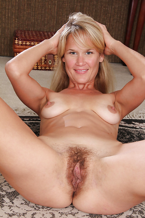 Wife watches husband give blowjob