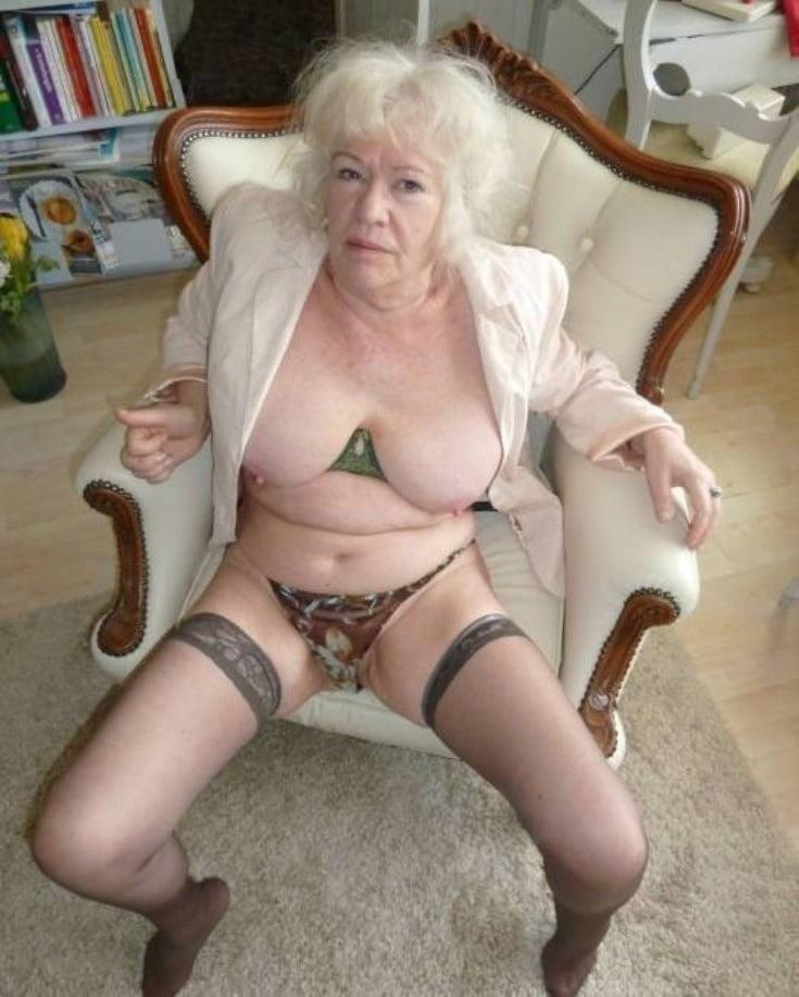 Granny Pole Dancer Bringing Sexy Back