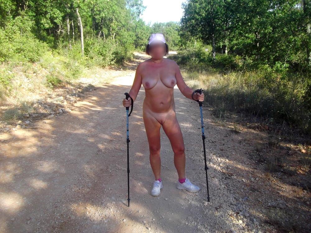 Holidays at naturist camping - 28 Pics