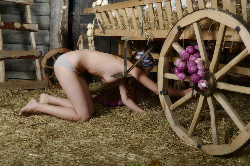 Крепостные крестьянки эротика
